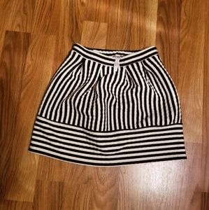 Stripped tulip skirt